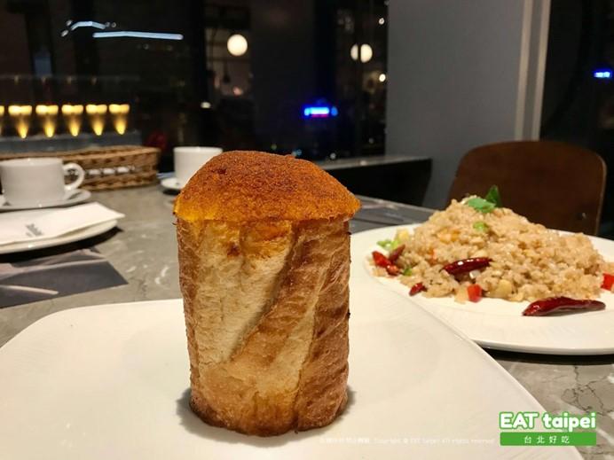 Mad for Garlic MFG蒜泥麵包塔