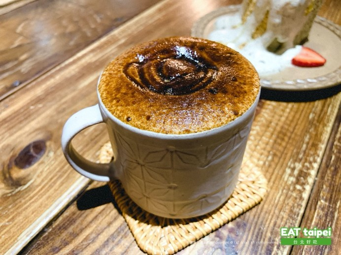 疍宅(蛋宅)黑糖烤奶-$130