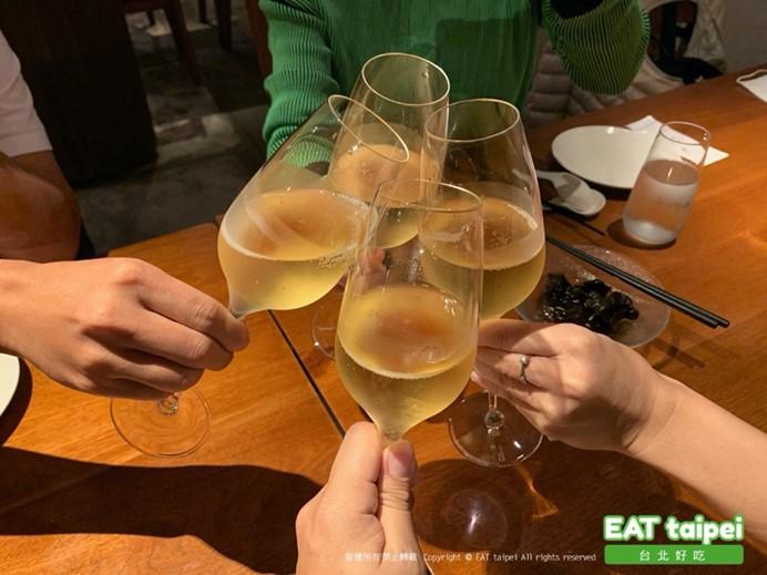 富錦樹台菜香檳EAT Taipei伯納多金黃香檳
