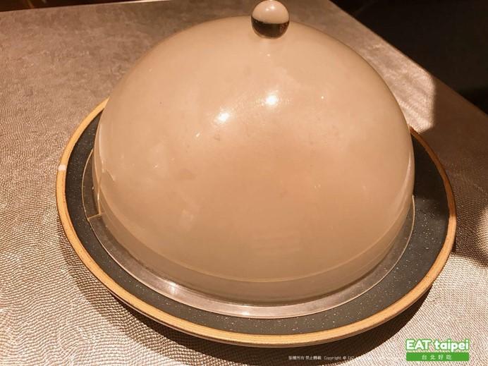筷炒煙燻黑鱈魚 EAT taipei