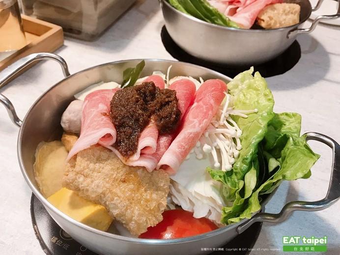 肉滿堂鍋物Cacti 特製沙茶豬肉鍋EAT taipei