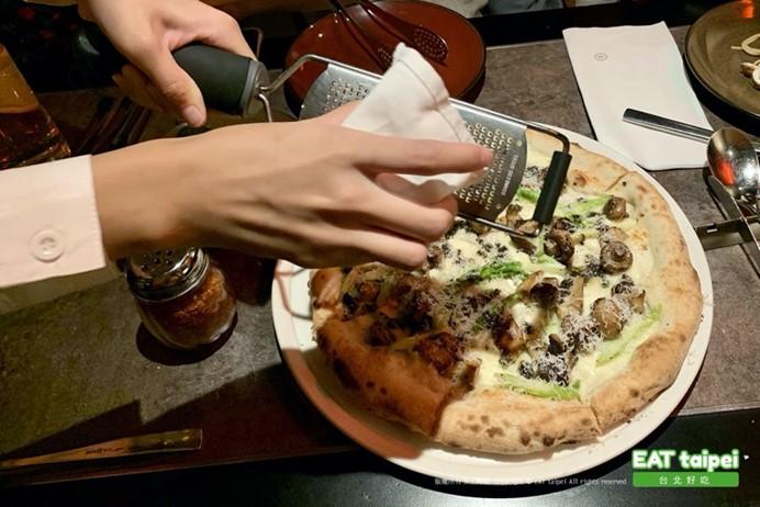 比薩屋Pizzapub EAT Taipei